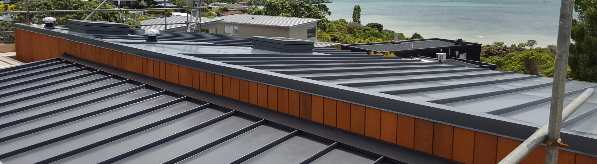 <div><h1>Only The Best Materials  <br/><span>and Processes Used</span></h1><p>We have decades of experience in laying new roofs within the team and our attention to detail is second to none. </p><a href='our-services'>Learn More</a></div>